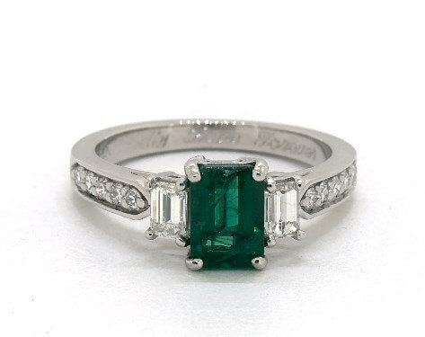 1.06 carat green emerald ring on James Allen